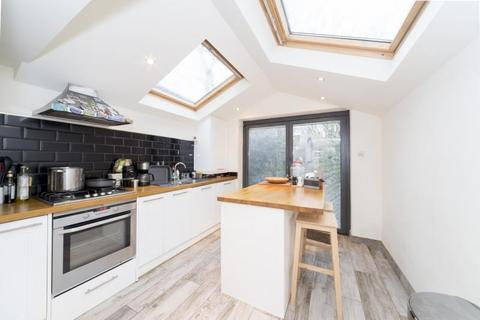 2 bedroom cottage to rent - Sandycombe Road, Kew, Kew, TW9