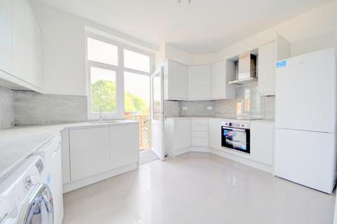 3 bedroom flat to rent - Green Lanes, Winchmore Hill N21