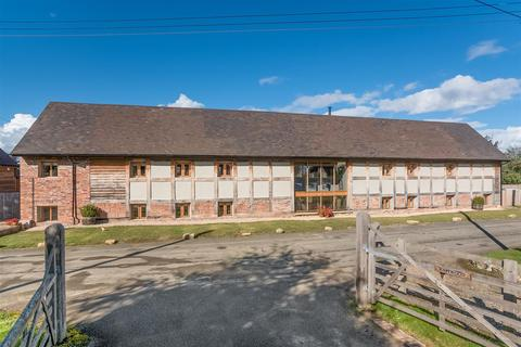 4 bedroom barn conversion for sale - Russell Street, Great Comberton, Pershore, Worcestershire, WR10 3DT