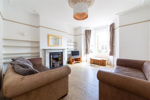 6 bedroom semi-detached house to rent - £111pppw - Lyndhurst Ave, West Jesmond, NE2