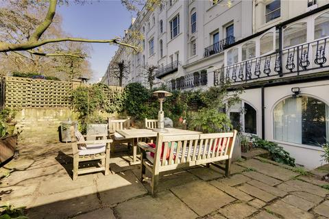 3 bedroom apartment for sale - Ladbroke Gardens, London, W11