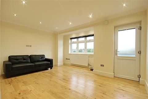 2 bedroom flat to rent - Chase Road, London, N14