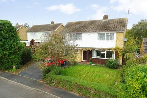 4 bedroom detached house for sale - Barnsdale Close, Great Easton