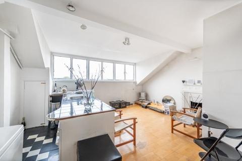 Studio for sale - Flat 15, 28 Pembridge Square, London, W2 4DS