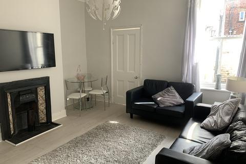 3 bedroom apartment to rent - Bayswater Road, Jesmond
