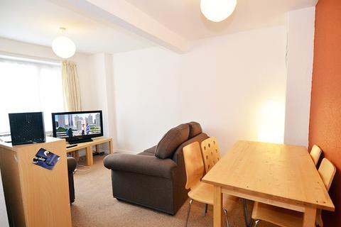 3 bedroom flat to rent - Cheltenham Terrace, Heaton, Newcastle upon Tyne