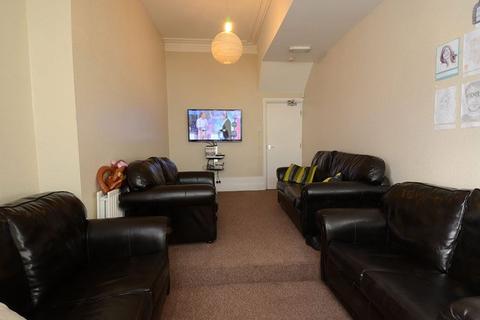9 bedroom house to rent - Heaton Hall Road, Heaton, Newcastle upon Tyne