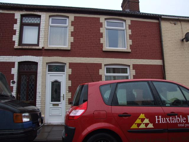 3 Bedrooms Terraced House for sale in 30 Brook Street, Taibach, Port Talbot.