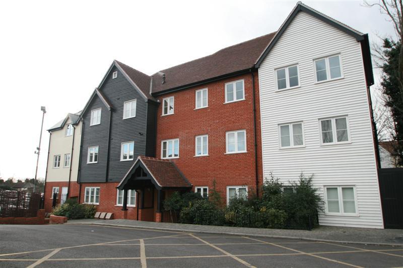 2 Bedrooms Apartment Flat for sale in Benfleet
