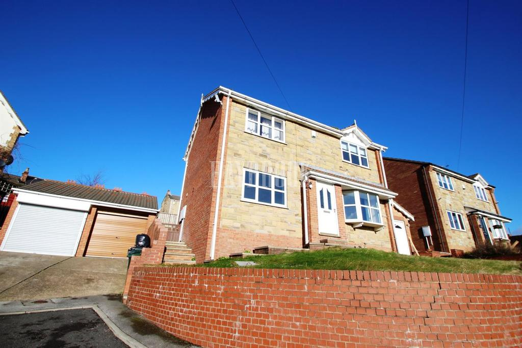 4 Bedrooms Detached House for sale in Beech Court, Darfield