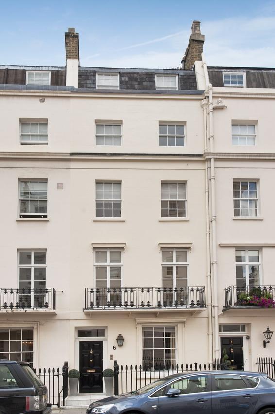 5 Bedrooms House for sale in Eaton Terrace, London. SW1W