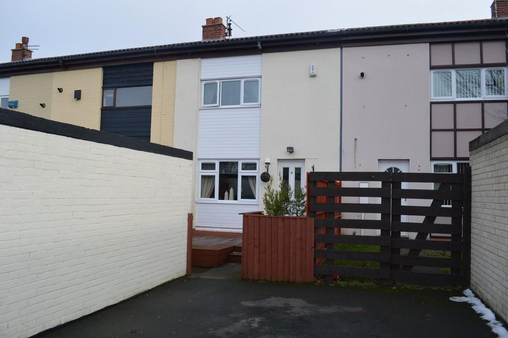 2 Bedrooms Terraced House for sale in Scarfell Close, Peterlee