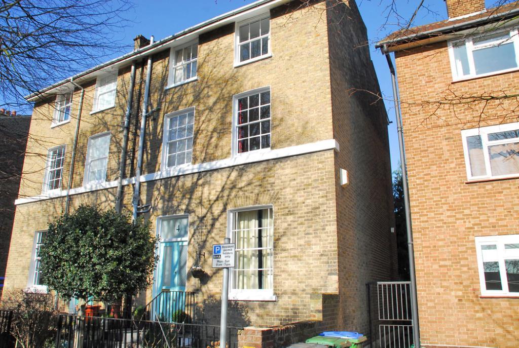 5 Bedrooms Semi Detached House for sale in Eton Grove, Blackheath, London, SE13