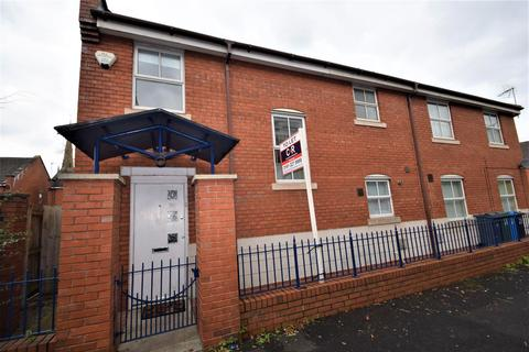 3 bedroom semi-detached house to rent - Boston Street, Hulme, Manchester, M15 5AY