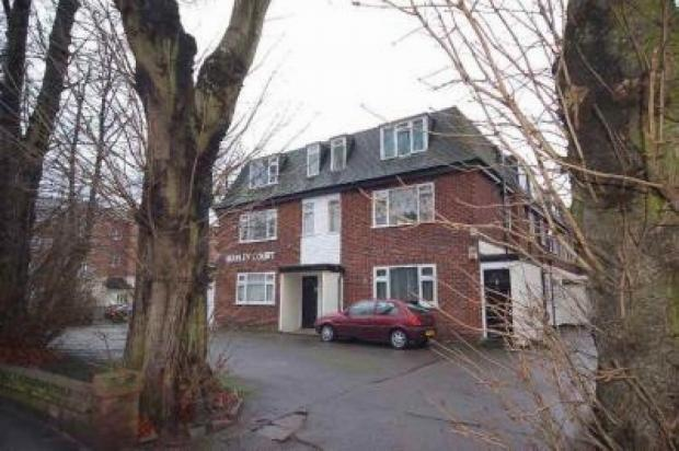 1 Bedroom Apartment Flat for sale in Alexandra Road South Whalley Range. M16 8rh Manchester