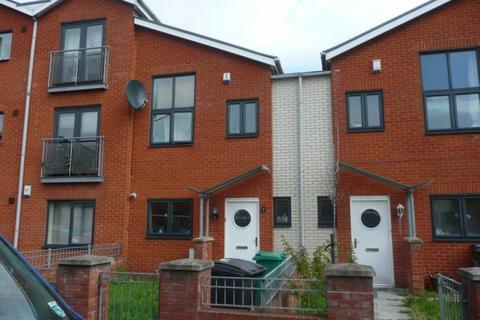 3 bedroom end of terrace house to rent - Newcastle Street, Hulme, Manchester, M15 6HF