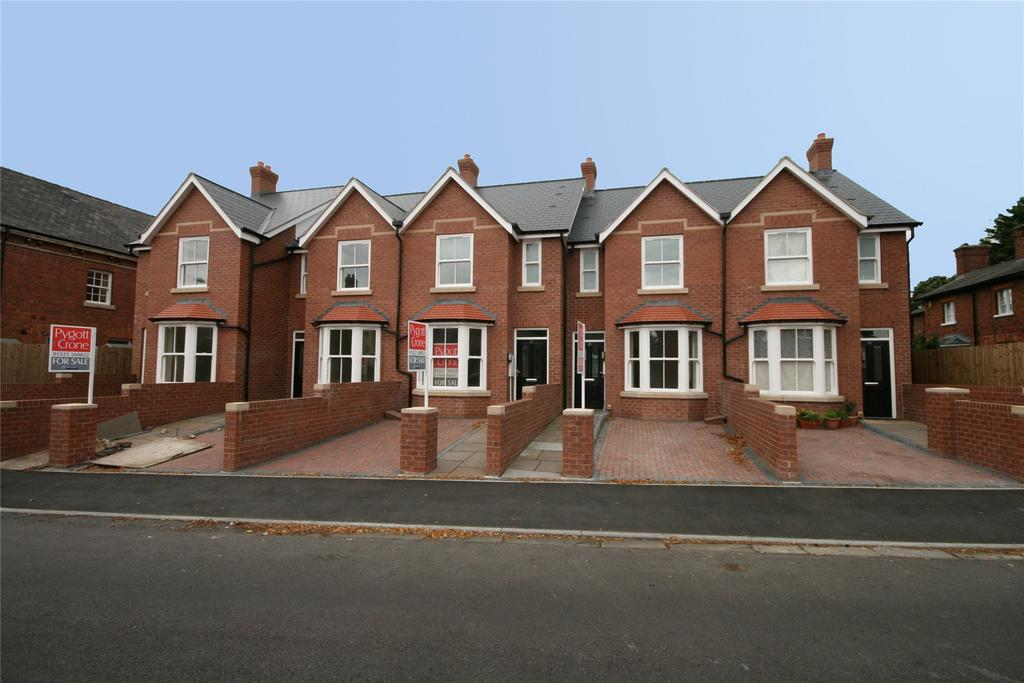 3 Bedrooms End Of Terrace House for sale in St Catherine's Road, Lincoln, LN5