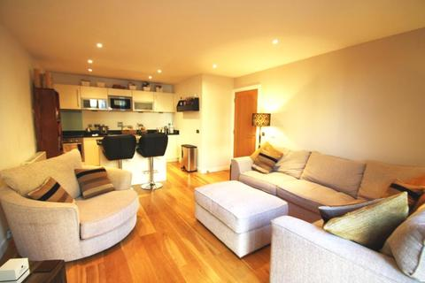 2 bedroom flat to rent - WATERMANS PLACE, WHARF APPROACH, LEEDS, LS1 4GN