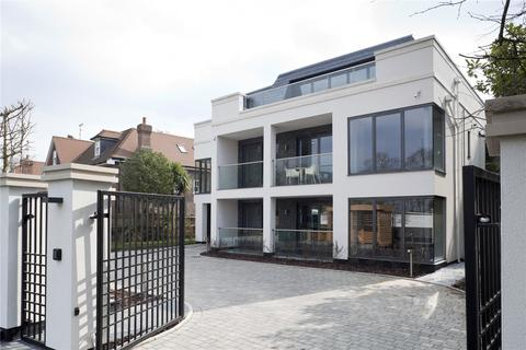 2 bedroom penthouse to rent - Esher Heights, Portsmouth Road, Esher, Surrey, KT10