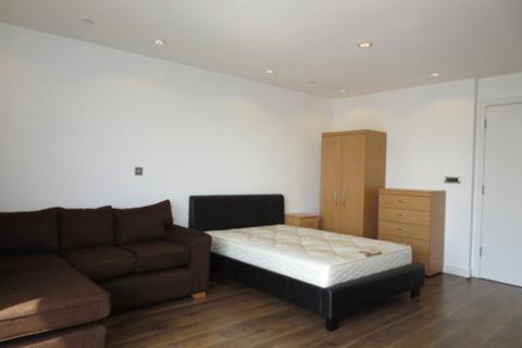 Studio to rent - No.1 Media City, Salford Quays