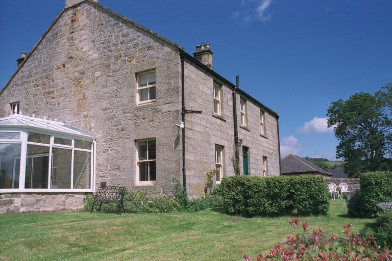 6 Bedrooms Farm House Character Property for sale in Thropton Demesne Farmhouse, Thropton, Morpeth, Northumberland NE65 7LT
