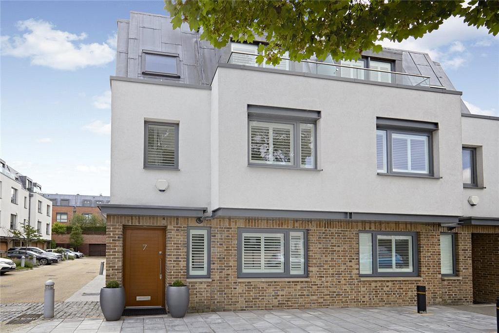 4 Bedrooms Semi Detached House for sale in Chiswick Lodge, 111 Netheravon Road South, Chiswick, London, W4