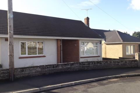 2 bedroom semi-detached bungalow to rent - 10 The Dell, Laleston, Bridgend County Council, CF32 0HR