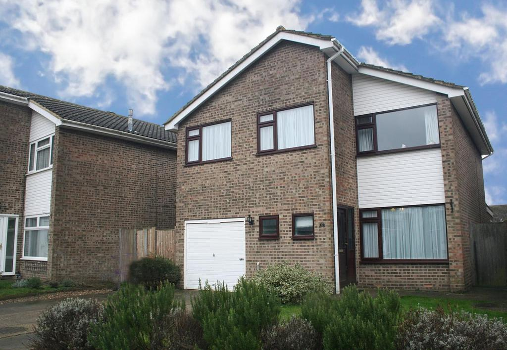 4 Bedrooms Detached House for sale in Tithe Close, Codicote, Hitchin, Hertfordshire
