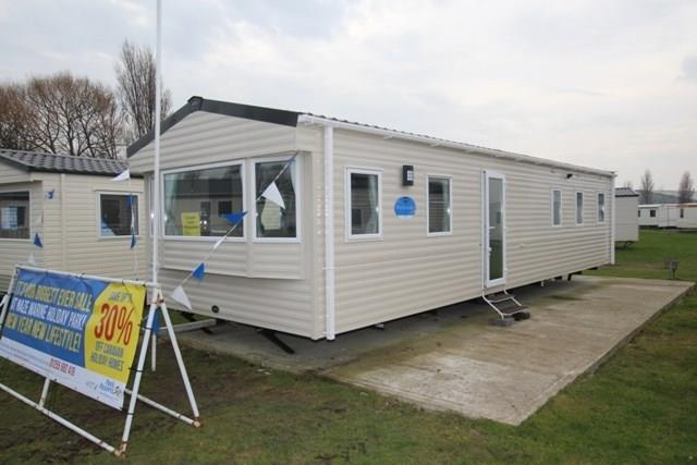 3 Bedrooms Caravan Mobile Home for sale in Hall Lane, Walton On The Naze