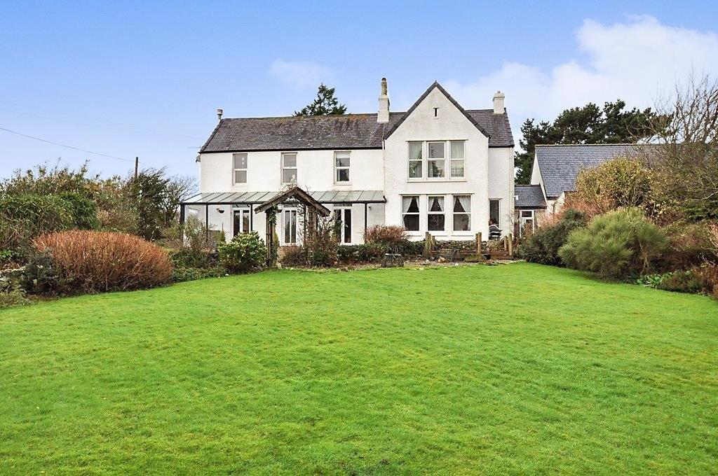 7 Bedrooms Detached House for sale in Llansadwrn, Menai Bridge, North Wales