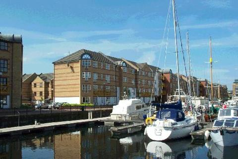 1 bedroom apartment to rent - Transom Close, Surrey Quays, London