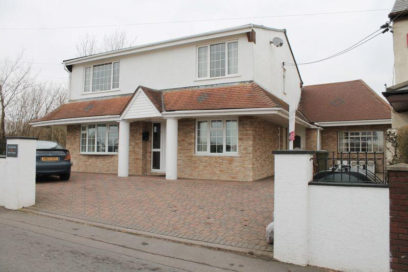 4 Bedrooms Detached House for sale in Ty Gwyn Pantybrad, Tonyrefail, CF39 8HX