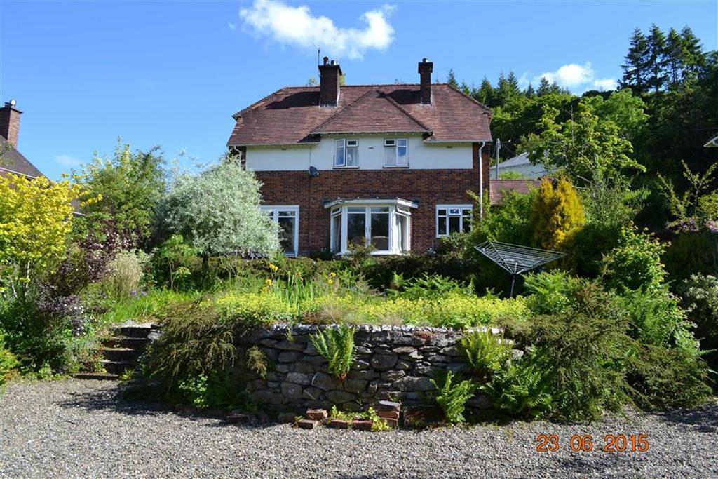 3 Bedrooms Detached House for sale in Gelli Deg, Van Road, Llanidloes, Powys, SY18