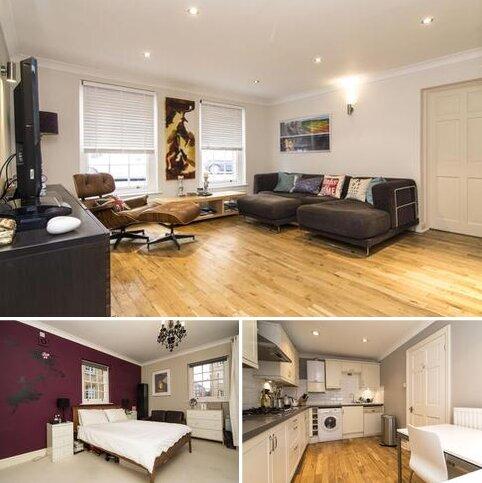 2 bedroom end of terrace house to rent - Wellington Buildings, Wellington Way, London, E3