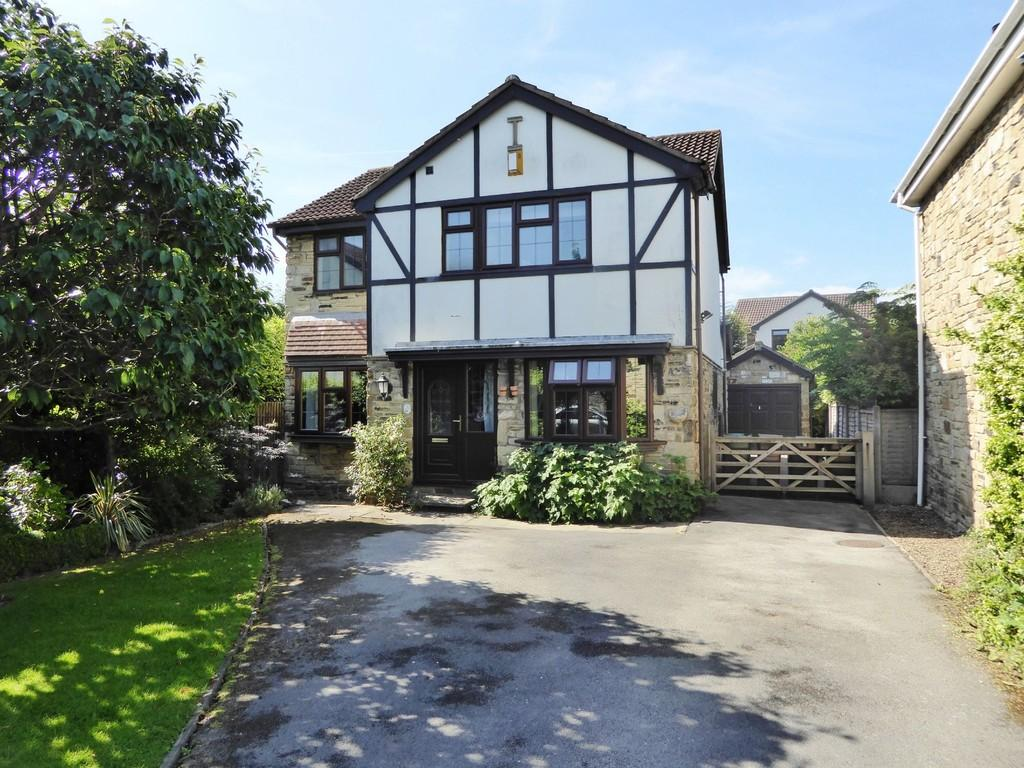 4 Bedrooms Detached House for sale in 11 The Mount, Wrenthorpe, WAKEFIELD, West Yorkshire