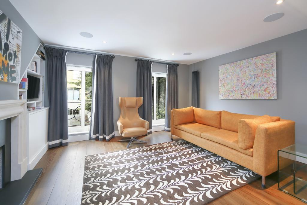 4 Bedrooms Terraced House for sale in Lord Roberts Mews, Waterford Road, Fulham, London, SW6