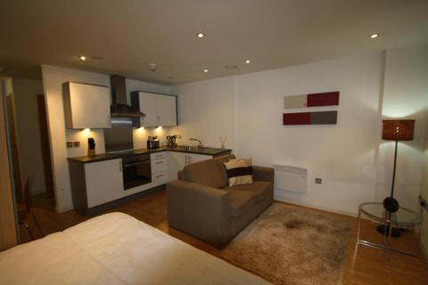 1 bedroom apartment to rent - ONE BREWERY WHARF, WATERLOO STREET, LEEDS, LS10 1GZ