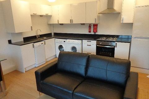 2 bedroom apartment to rent - Brighton Grove, Fallowfield, Manchester, M14