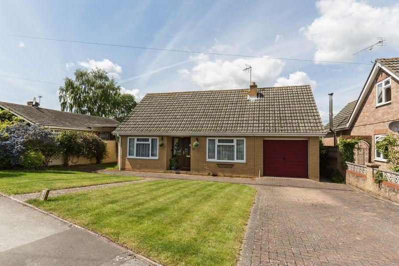 4 Bedrooms Detached Bungalow for sale in Leighton Green, Westbury
