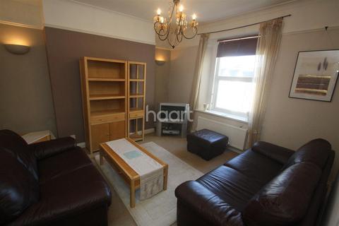 2 bedroom flat to rent - St. James Place West PL1