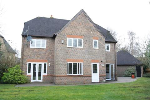5 bedroom detached house to rent - Oakdene, Beaconsfield, HP9