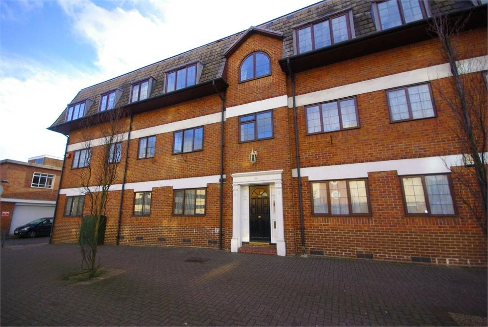 The Roof Gardens, 118 Exchange Road, WATFORD, Hertfordshire 1 bed ...
