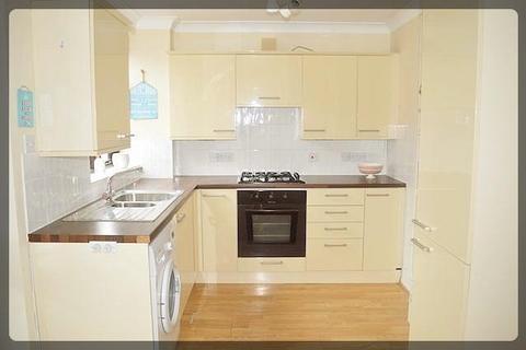 3 bedroom semi-detached house to rent - Townend Road, North Newbald, East Yorkshire, YO43 4SZ