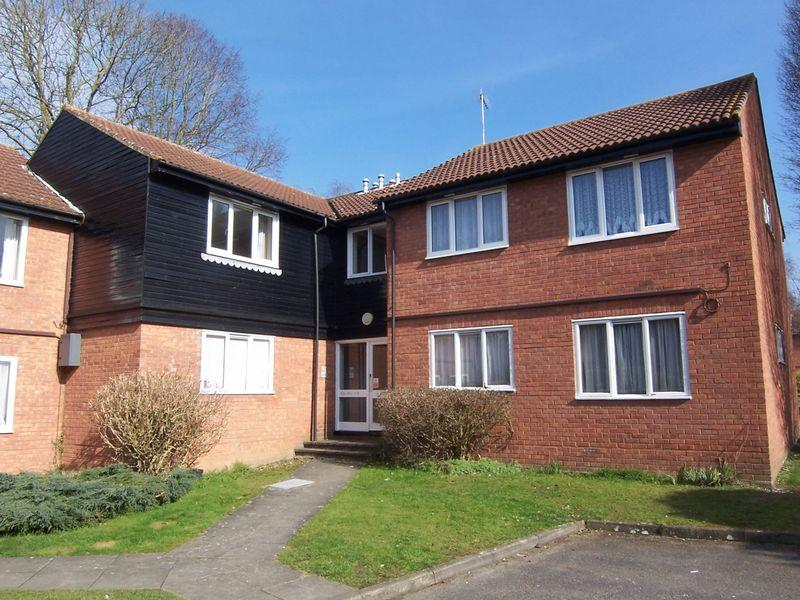 1 Bedroom Flat for rent in BOOKHAM