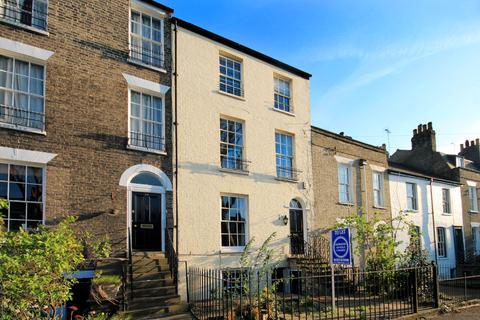 4 bedroom terraced house to rent - Maids Causeway, Cambridge