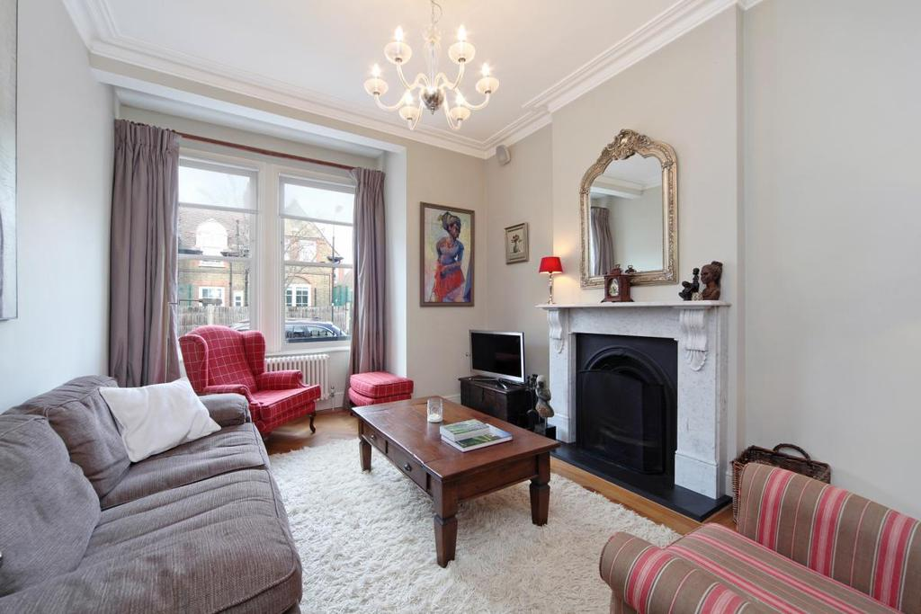 5 Bedrooms Semi Detached House for sale in Finlay Street, Fulham, London, SW6