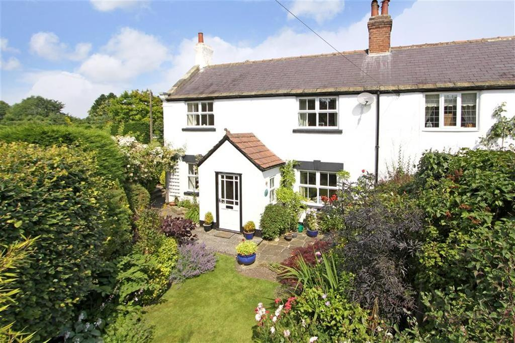 3 Bedrooms Semi Detached House for sale in Shaw Lane, Knaresborough, North Yorkshire