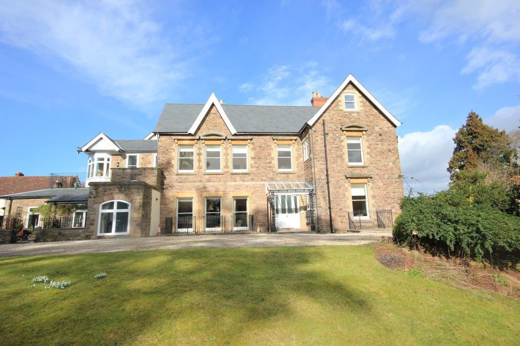 2 Bedrooms Apartment Flat for sale in Burcott House, Aylestone Hill, Hereford, HR1