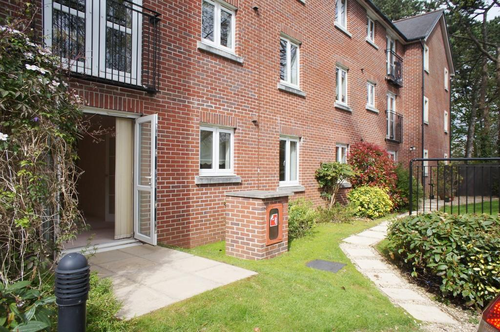 1 Bedroom Apartment Flat for sale in Station Road,Radyr,Cardiff,South Glamorgan