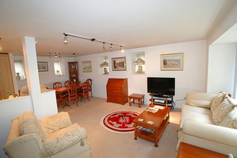 1 bedroom apartment to rent - Apt 3 Edgecumbe House, Savile Park, Halifax HX1